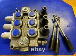 3 Spool Hydraulic Directional Control Valve Double Acting Adjustable