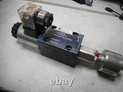 BOSCH REXROTH HYDRAULIC DIRECTIONAL CONTROL VALVE 24DC withSPOOL MONITOR - QMBG24