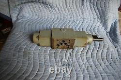 Hydraulic directional control valve, Proportional valve, Rexroth 4WRE10, Used