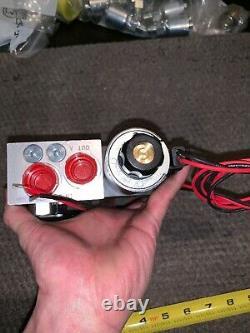 NEW D1VW020BNKJ Parker Hydraulic Directional Control Valve 12 VDC 5000 PSI