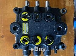 Parker Directional Hydraulic Control Valve model VDP24DDD52 SERIAL 220190-7