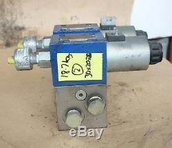 REXROTH R900915440 4WE 10 D33/CG24N9K4QMAG24 Hydraulic directional valve X2