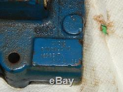 Vickers CMD12 P1020D010 Hydraulic Directional Control Valve