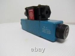 Vickers DG4V-3S-33C-M-FPA5WL-B5-60 Hydraulic Directional Control Valve