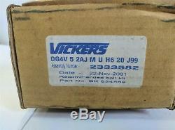Vickers DG4V-5-2AJ-M-U-H6-20-J99 Solenoid Directional Control Valve 2333582 New