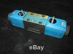 Vickers Directional Hydraulic Control Valve DG4V-3-60208-M-U-HH7-60