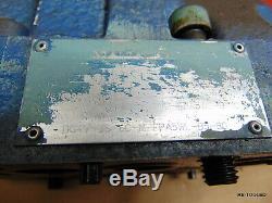 (1) Vickers Hydraulique De Commande Directionnelle Electrovanne Dgmfn-3-y-a2w-b2w-41