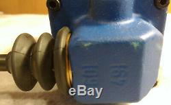 Bosch Rexroth R900589954 4wmm10j31 / F Hydraulique De Contrôle Directionnel Valve Withlever
