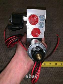 Nouveau D1vw020bnkj Parker Valve Hydraulique De Commande Directionnelle 12 VDC 5000 Psi