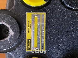 Parker Commande Directionnelle Hydraulique Modèle Valve Vdp24ddd52 Série 220190-7