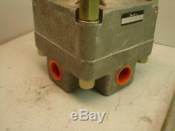 Snap-tite P4630hucd Hydraulique De Contrôle Directionnel Valve Nib